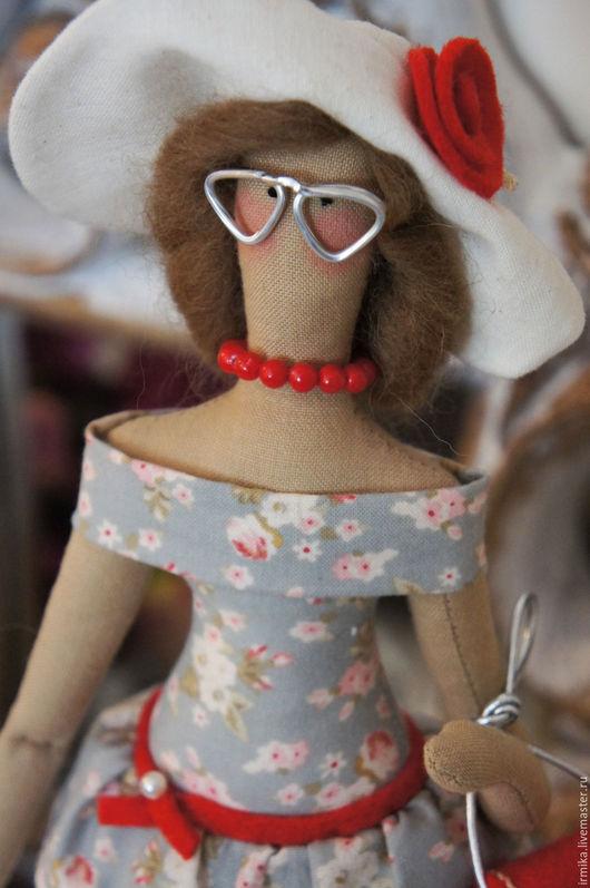 Куклы Тильды ручной работы. Ярмарка Мастеров - ручная работа. Купить Кукла Тильда. Модница. Лето. Красный. Серый.. Handmade.