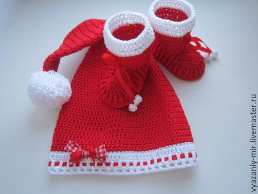 Детские аксессуары ручной работы. Ярмарка Мастеров - ручная работа. Купить Новогодний детский комплект шапочка и пинетки. Handmade.