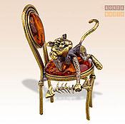 Модели ручной работы. Ярмарка Мастеров - ручная работа фигурка Кот с рыбьим скелетом на стуле. Handmade.